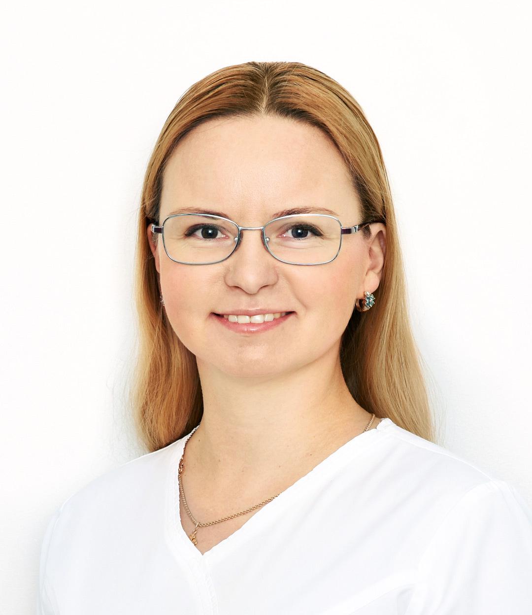 Давыдова (Киндзерская) Оксана Алексеевна